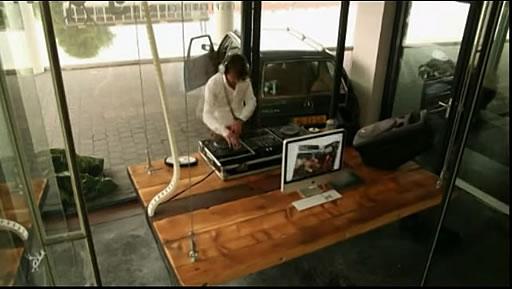 disappearing-desk-03.jpg