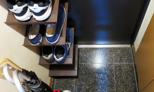 tsuppari-shoe-rack-05.jpg